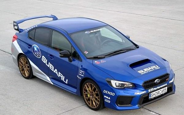 Subaru Impreza - sprint na letišti
