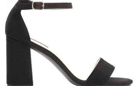 Dámské černé sandály na podpatku Niga 6266