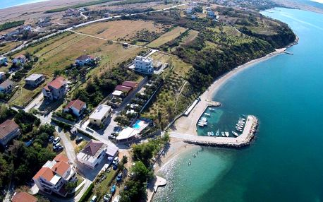 Chorvatsko - Kvarner: Odmoree Camp & Hostel