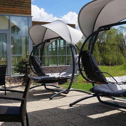 Hotel Orsino**** na břehu Lipna s bazénem, saunou a polopenzí