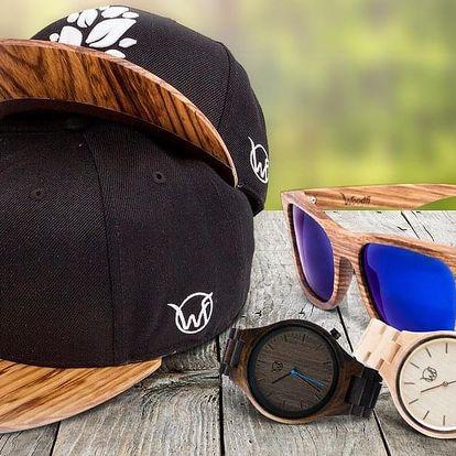 Stylové dřevěné doplňky: hodinky, brýle i snapback