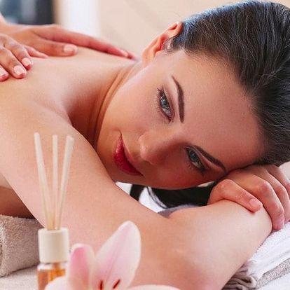 Regenerační masáž zad včetně ozonového zábalu