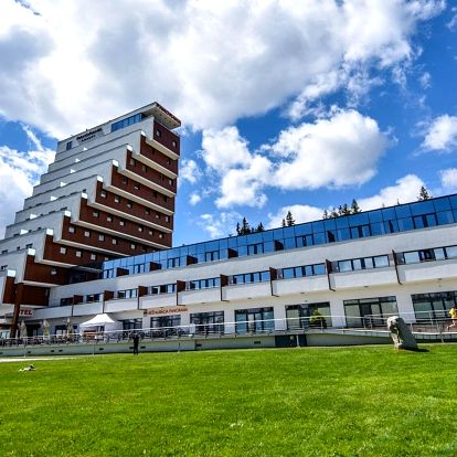 Vysoké Tatry: Pobyt pro dva + děti zdarma v hotelu Panorama ****
