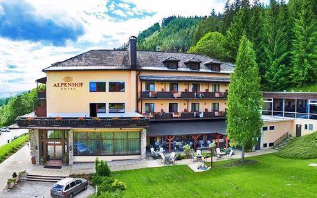 Rakouské Alpy s neomezeným bazénem i snídaní