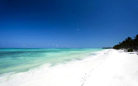 Zanzibar - Pingwe na 10 dní, polopenze s dopravou letecky z Prahy, 700 m od pláže