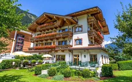 Rakouské Alpy v Hotelu Gutshof Zillertal **** s polopenzí a wellness s bazénem