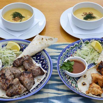 Uzbecké menu s kuřecím či vepřovým šašlikem pro 2