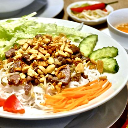 Zamilujte si Phở, Bún chả a další speciality