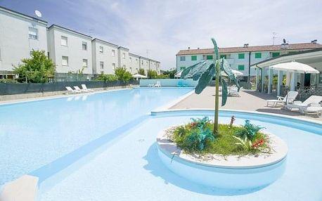 Lido Adriano jen 50 m od pláže v Long Beach Village s bazénem na 6 - 8 dní