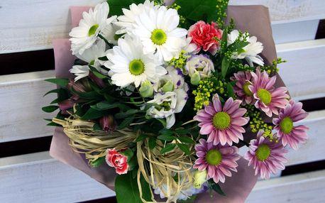 Dárková vázaná kytice s přáním dle výběru