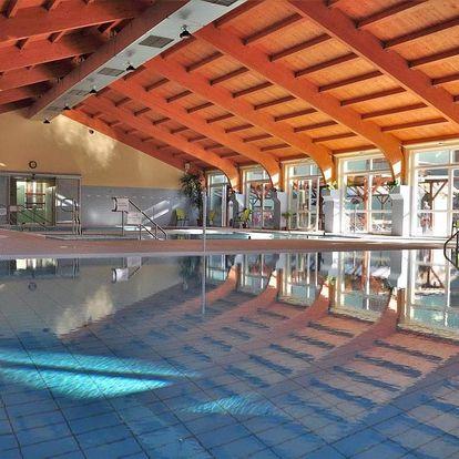 Mezőkövesd, Hajnal hotel*** s termálním bazénem a solnou jeskyní, Mezőkövesd, Maďarsko