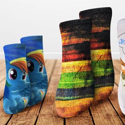Dámské a dětské ponožky s barevným 3D potiskem
