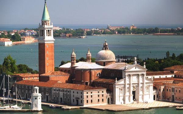 Benátky - slavnosti, Benátsko, Itálie, autobusem, snídaně v ceně
