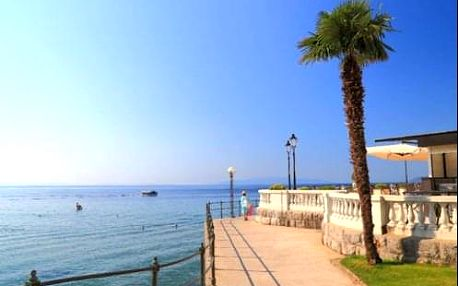 Dovolená na Istrii 50 m od moře v 4 * hotelu Astoria s polopenzí - letovisko Opatija