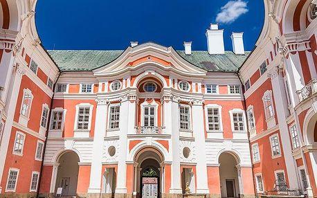 Broumovsko v historickém hotelu s polopenzí + možnost wellness a platnost do dubna 2020