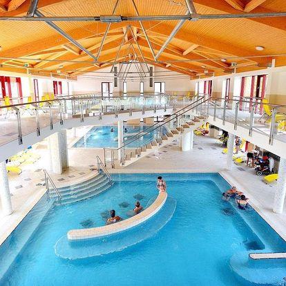 Eger, Hunguest hotel Flóra *** s wellness a přímým vstupem do termálních lázní z hotelu, Eger, Maďarsko