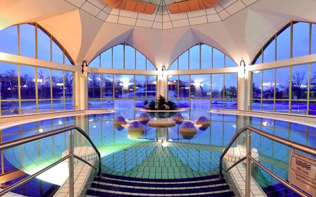 Sárvár, Hotel Viktória*** s neomezeným vstupem do wellness a fitness, Šárvár, Maďarsko