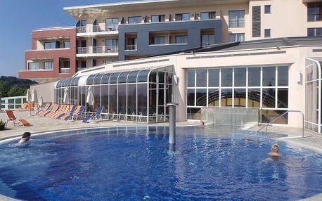 Ptuj, útulné bungalovy Terme Ptuj*** u termálních bazénů, Sever Slovinska, Slovinsko