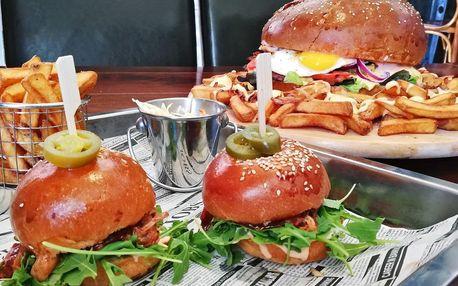 Burgery v americkém baru: klasika i obří pro partu