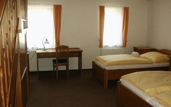 Dvojlůžkový pokoj s oddělenými postelemi3