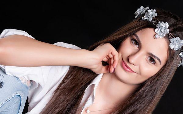 Ateliérové focení s úpravou vlasů i make-upu