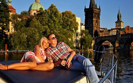 Romantická plavba v centru Prahy