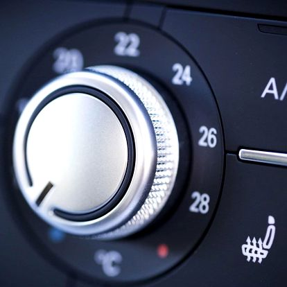 Péče o klimatizaci: dezinfekce i doplnění chladiva
