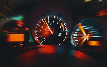 Nebezpečná rychlost: úniková hra v autobusu