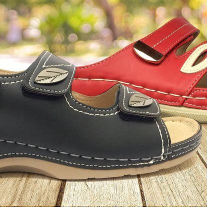 Pohodlné dámské pantofle a sandále Koka