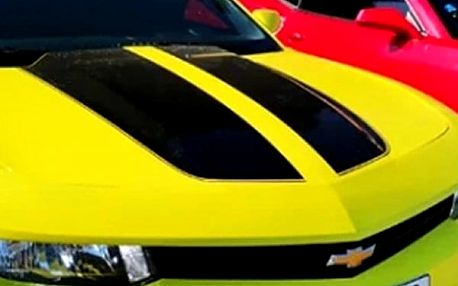 Jízda v Chevroletu Camaro Bumblebee na 3, 12 hodin, den nebo dva a zažijte jízdu snů.