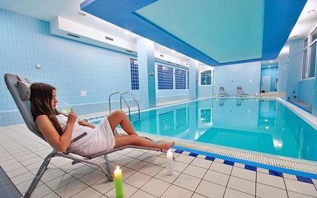 Bílé Karpaty: Horský Hotel Jelenovská *** s polopenzí, bazénem i procedurou