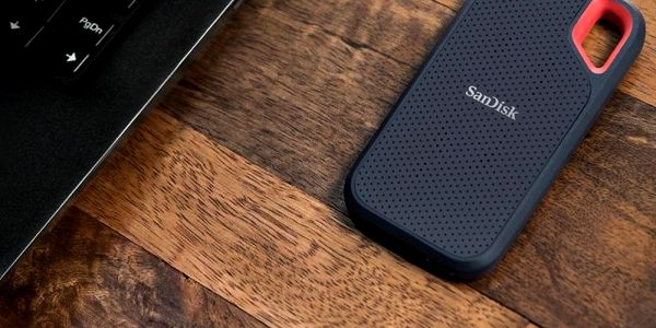 SSD externí Sandisk Extreme Portable 500GB černý (SDSSDE60-500G-G25)5