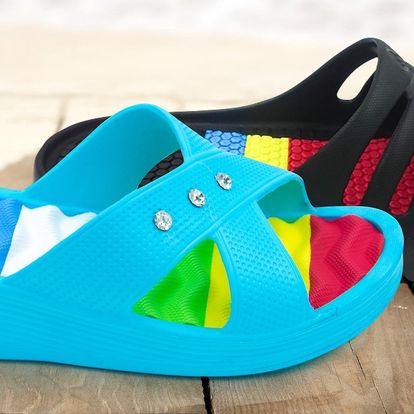 Pohodlné pánské a dámské pantofle ve více barvách