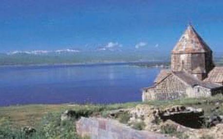 Hrdá Arménie - 11 dní s dopravou, ubytováním a polopenzí
