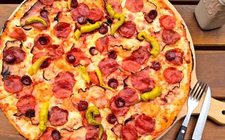 Jumbo pizza podle výběru: průměr 45 cm