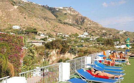 Itálie - Ischia na 8 dní, polopenze s dopravou letecky z Krakowa nebo Prahy