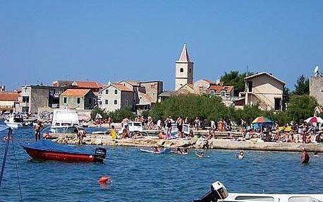 Chorvatsko - Pirovac autobusem na 10 dnů, polopenze