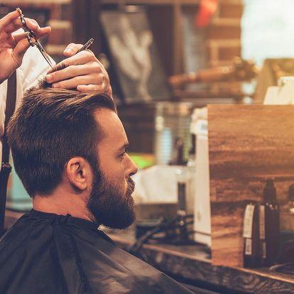 Módní pánský střih či úprava vousů v barber shopu