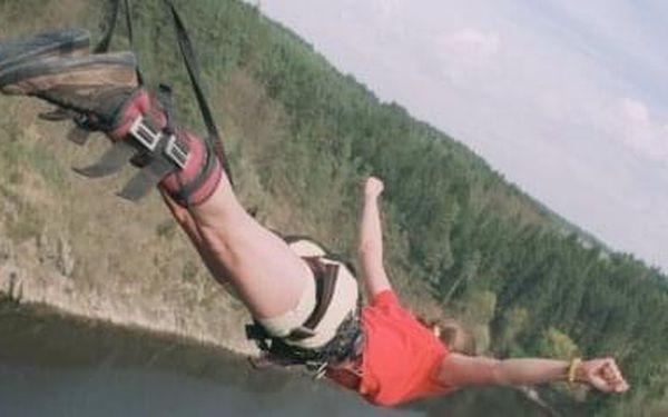Bungee jumping | Písek | od poloviny května – konec září | 30 minut2