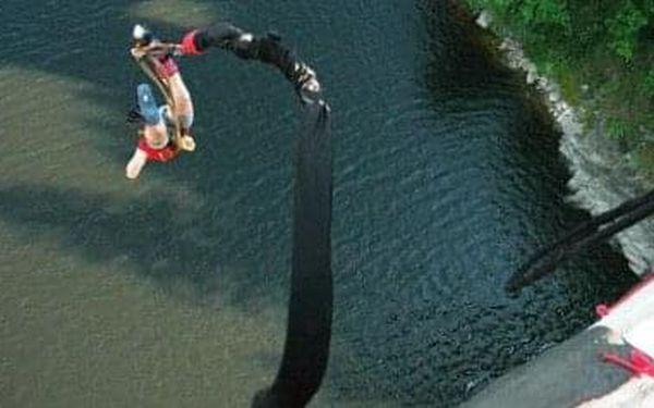 Bungee jumping | Písek | od poloviny května – konec září | 30 minut5