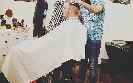 Pánský, chlapecký střih či úprava vousů v barber shopu v centru