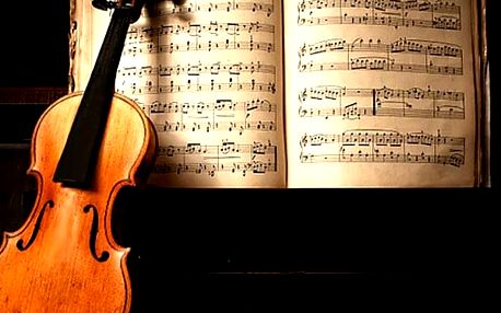 Smetana, Dvořák a Vivaldi v Zrcadlové kapli Klementina vybírejte z červnových termínů.