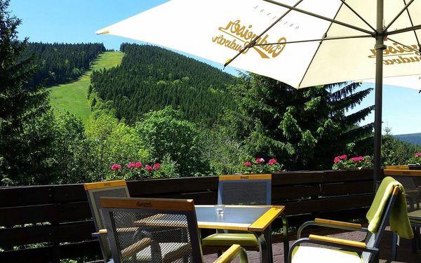 Parkhotel Harrachov*** s výhledem na Čertovu horu