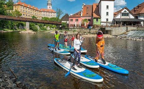 Rodinný výlet na big paddleboardu do Zlaté Koruny