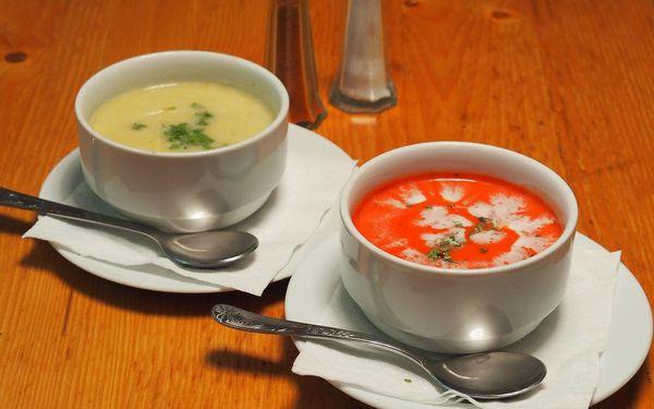 3chodové nepálské menu: na výběr 12 hlavních chodů vč. vegetariánských3