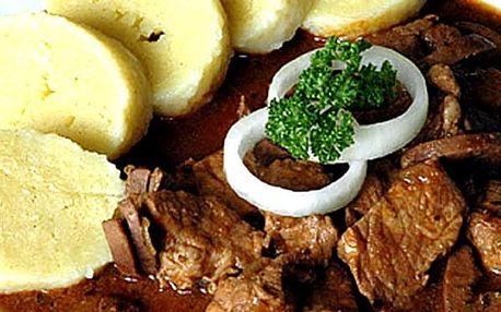 Švejk restaurant Strašnice - Pikantní vepřový gulášek u Švejka 500g nebo rovnou 1000g guláše.