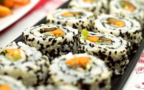 Online kurz výroby sushi: 2,5 hod. videolekcí