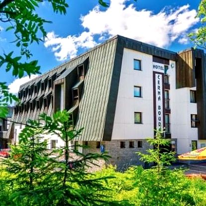 Krkonoše v Hotelu Černá Bouda *** na vrcholu Černé hory s polopenzí