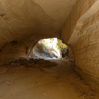 Dobrodružství v jeskyni