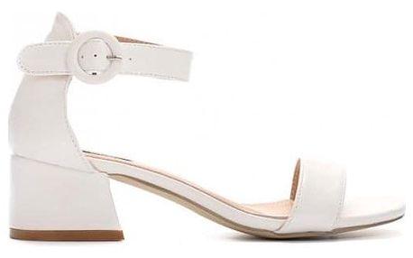 Bílé sandály na podpatku Haka 9253
